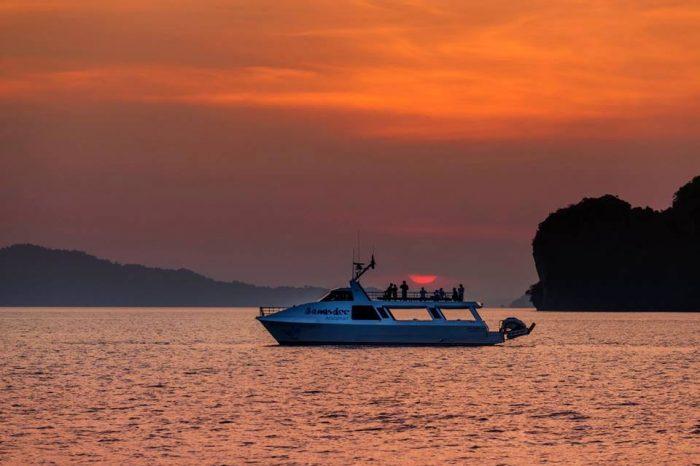 パンガー湾トワイライトツアー