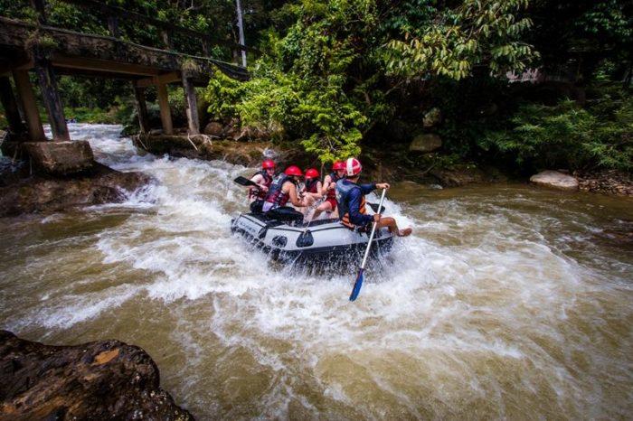 ラフティング5km+ATV30分、滝遊び(デラックス)