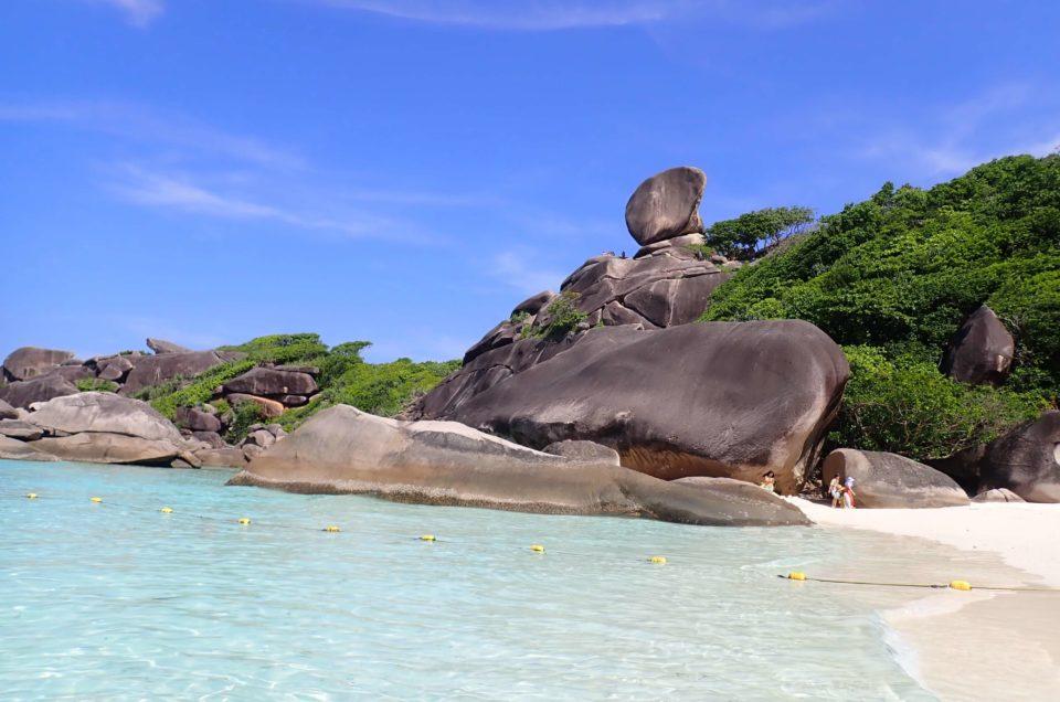 乾季の時期しか行けないシミラン諸島1日(スピードボート利用)ツアーをご紹介!