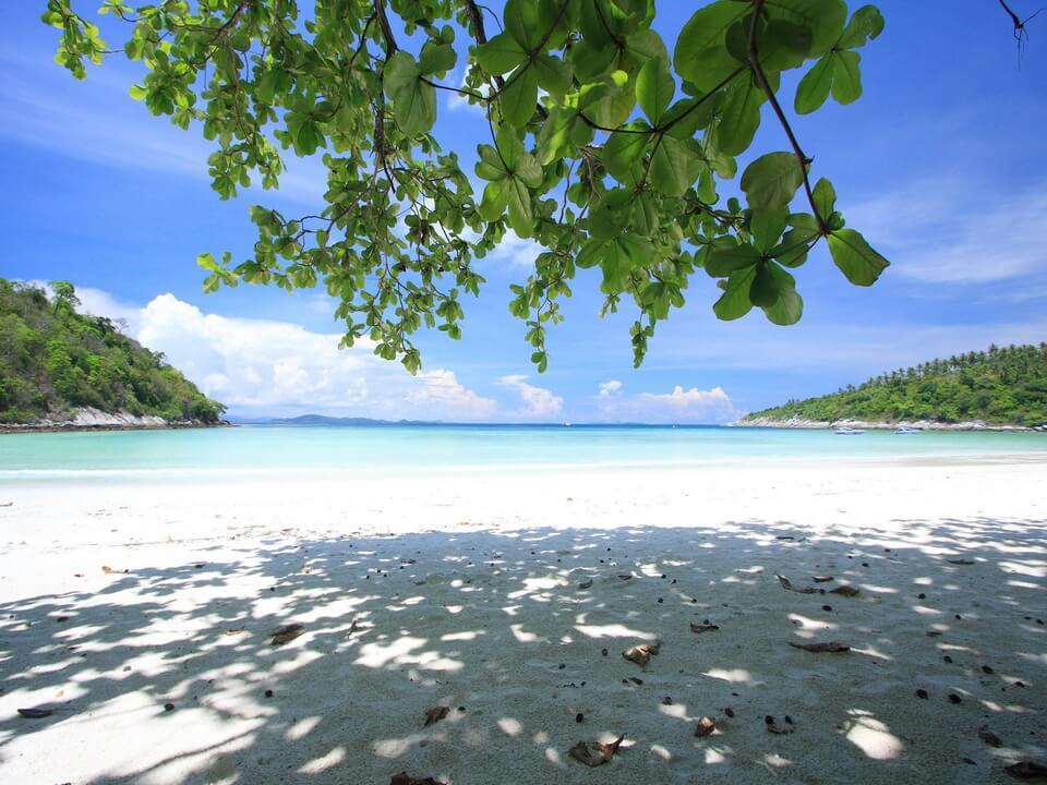 ラチャ島(ラヤ島) サイアムビーチ