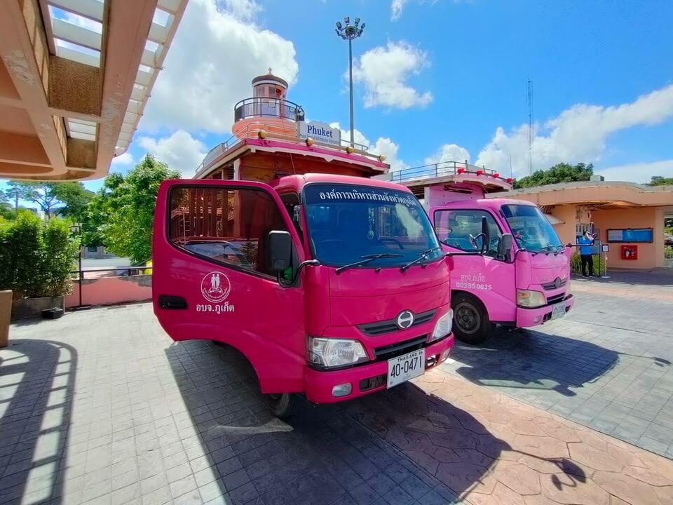 プーケット シャロン港 桟橋と船着場を結ぶバス