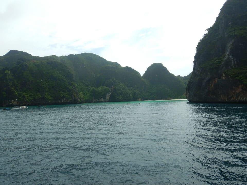 ピピ島ツアーマヤベイ