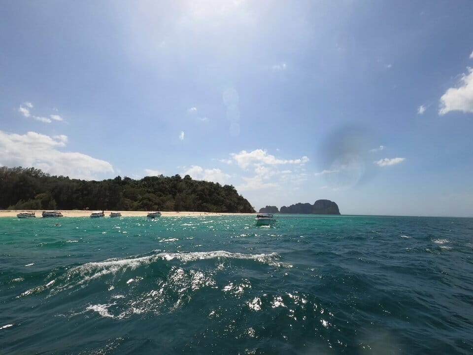 プーケット ピピ島+バンブー島